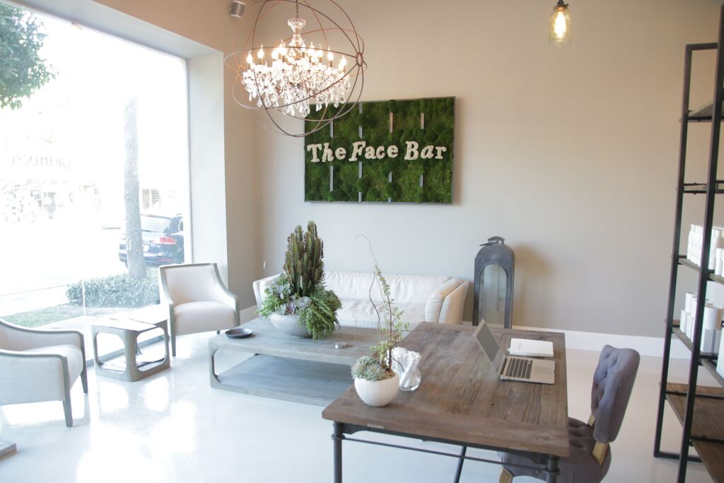 The-face-bar-lobby1